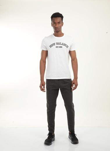 New Balance Erkek New Balance  Logo Tee Tişört MPT025-WTBeyaz Beyaz
